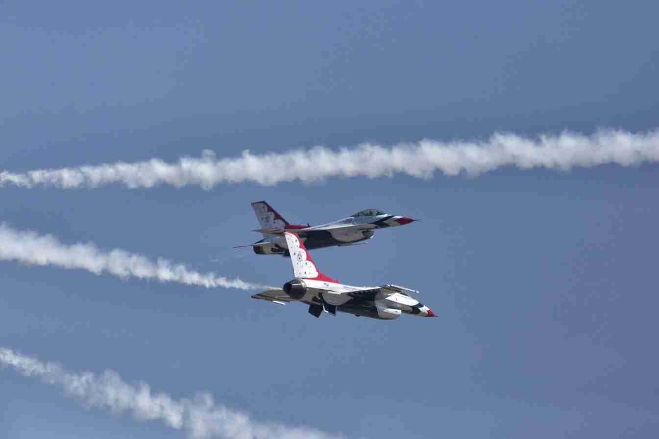 Air Force Thunderbird F-16s Cross Over Maneuver