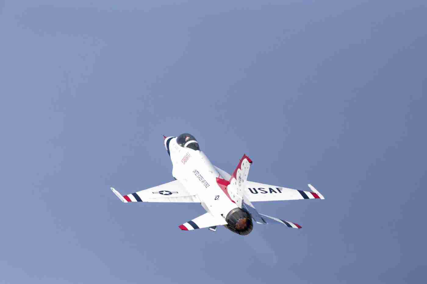Air Force Thunderbird F-16 at Takeoff