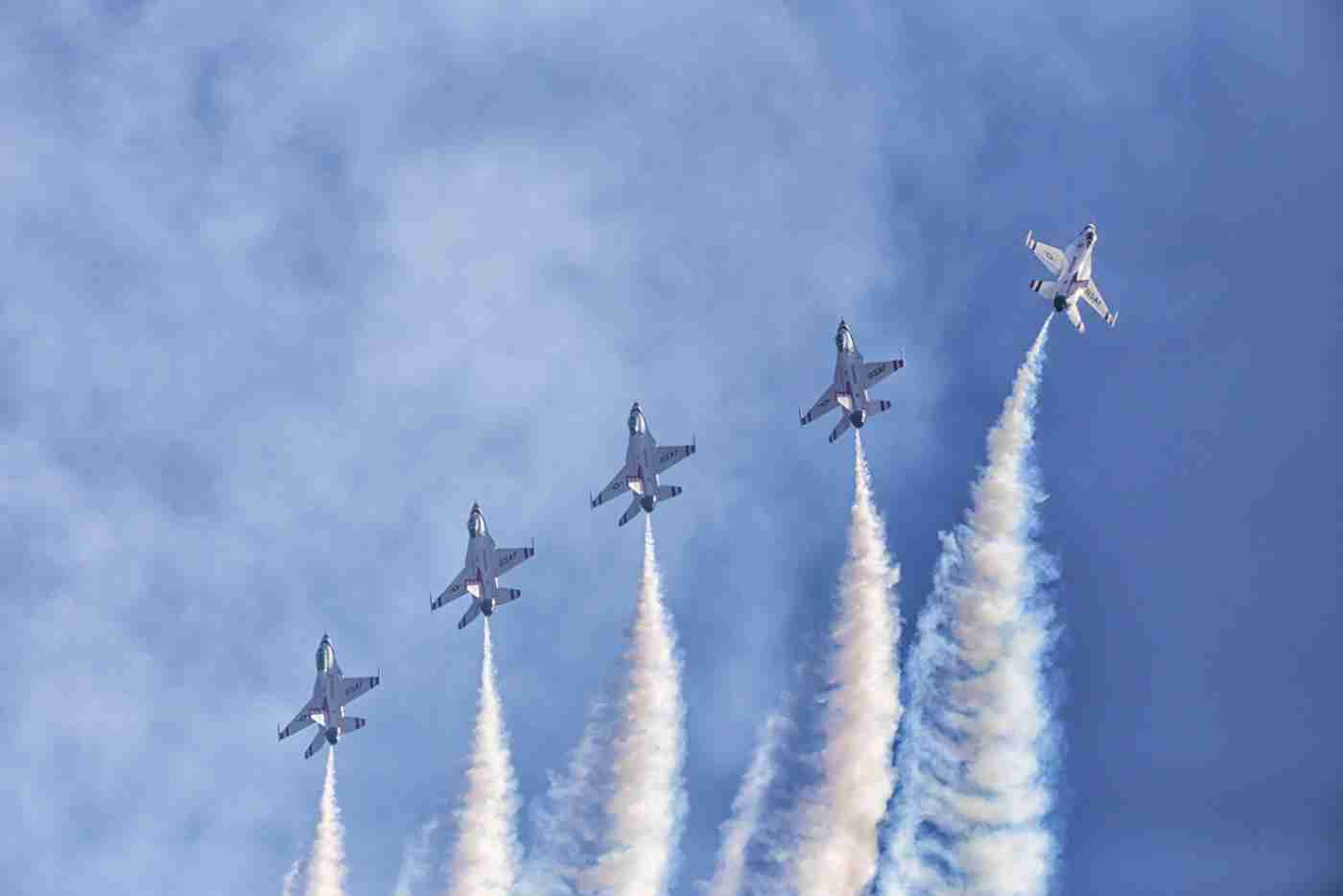 Five Air Force Thunderbird F-16s A Vertical Mile Up