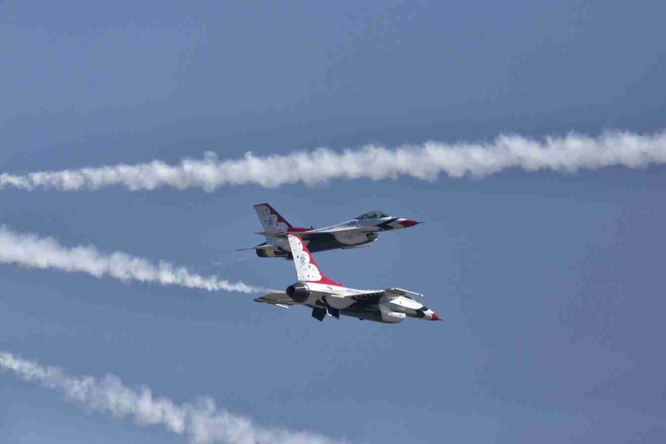 Air Force Thunderbird F-16s Cross Over Maneuver